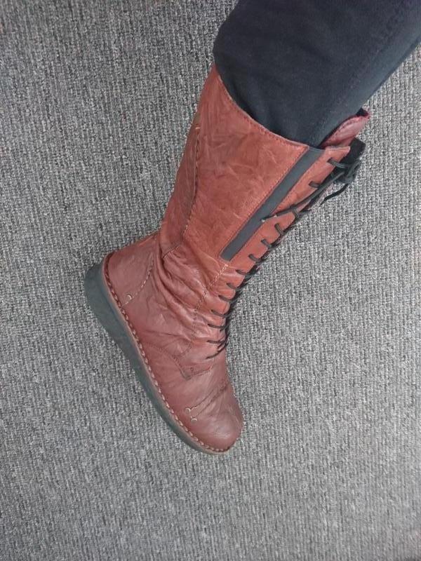 Сапоги женские на шнуровке. коричневые 38 размера riker