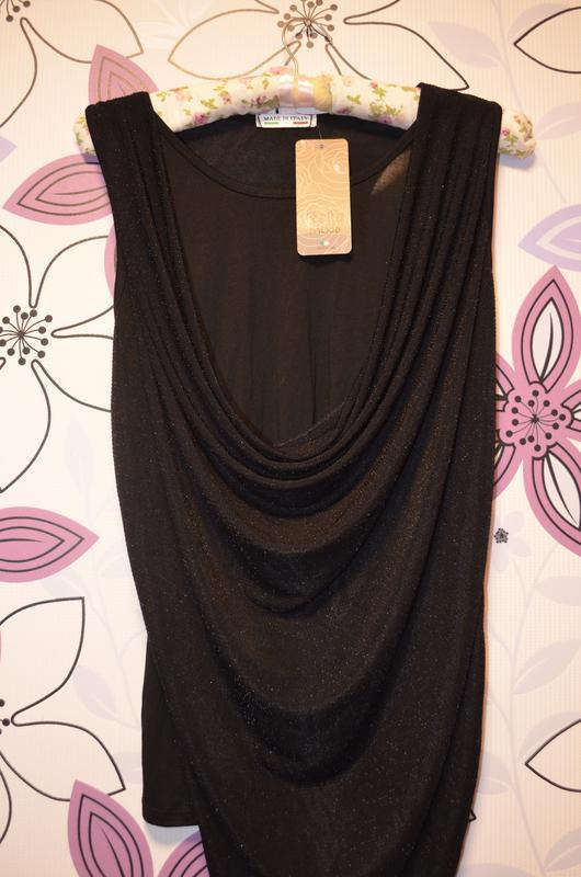 Шикарная фирменная  блуза-майка с люрексовым верхним слоем.(ит...