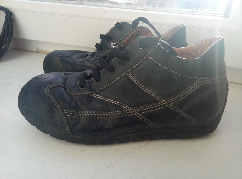 Фирменные кожанные туфли на мальчика 34 размер
