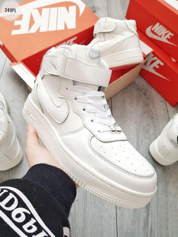 Кроссовки Nike Air Force (На Меху)