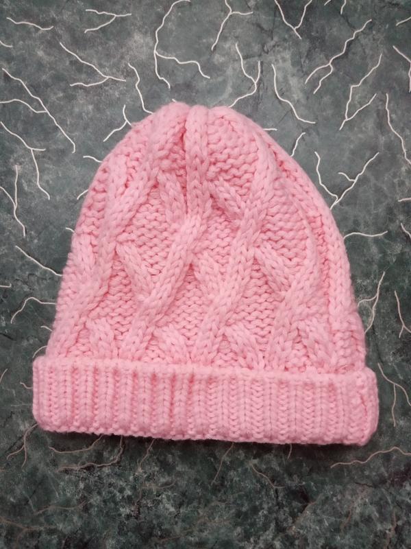 Вязаная шапочка на малышку 12-18 месяцев
