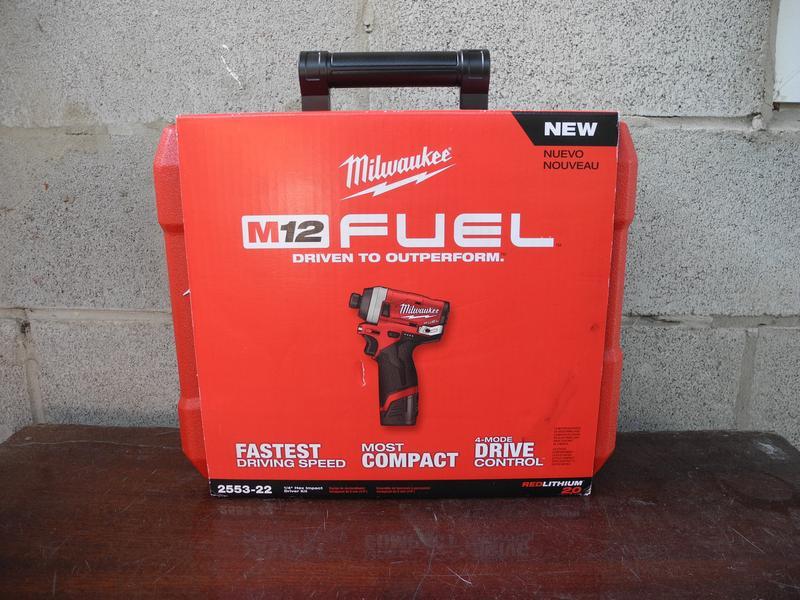 Milwaukee M12 Fuel 2553-22 бесщеточный набор инструмента