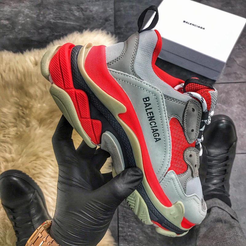 Стильные женские кроссовки triple red grey, красные/серые жіно...