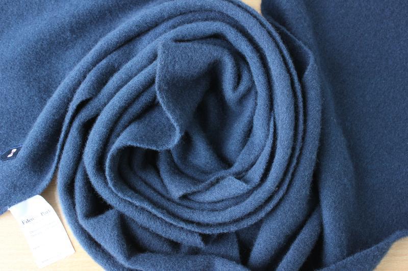 Нежный мягкий шерстяной шарф eden park