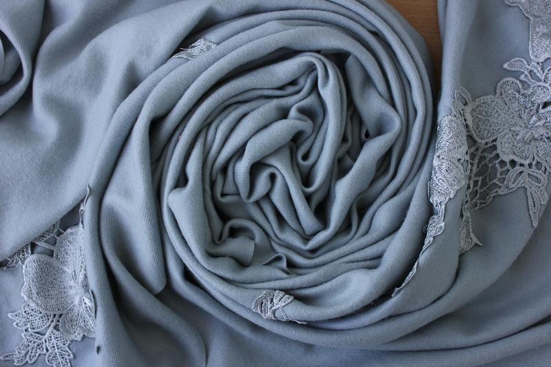 Шикарный , большой , кашемировый шарф с кружевом , италия