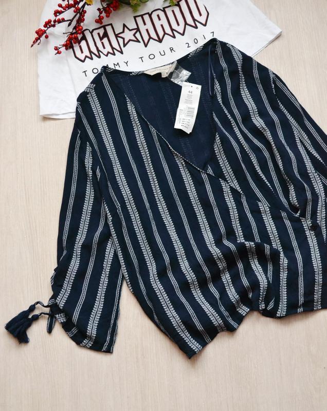 Женственная блузка с кисточками f&f casual collection