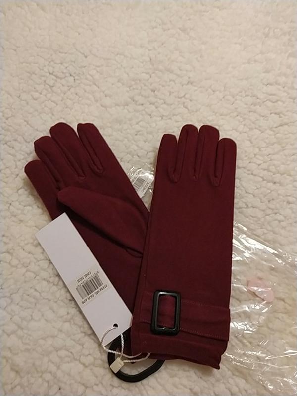 Новые, с этикеткой, бордовые перчатки