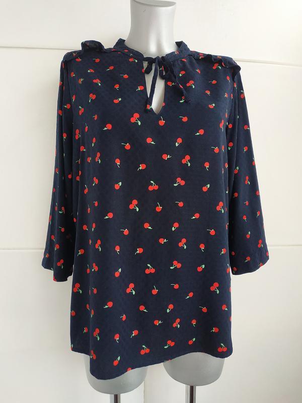 Нарядная блуза marks&spencer с принтом вишня из качественного ...