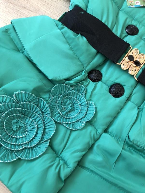 Очень красивая и нежная куртка! рост 116 - Фото 2