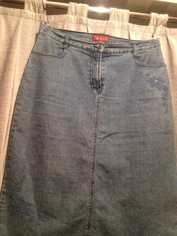 Джинсовая юбка классика с вышивкой.313