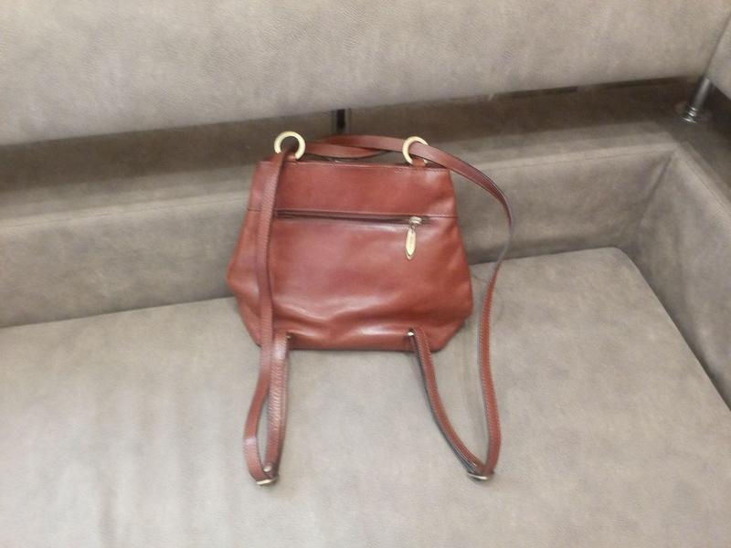 Рыжая стильная брендовая сумка рюкзак  ashley jones---2в одном...