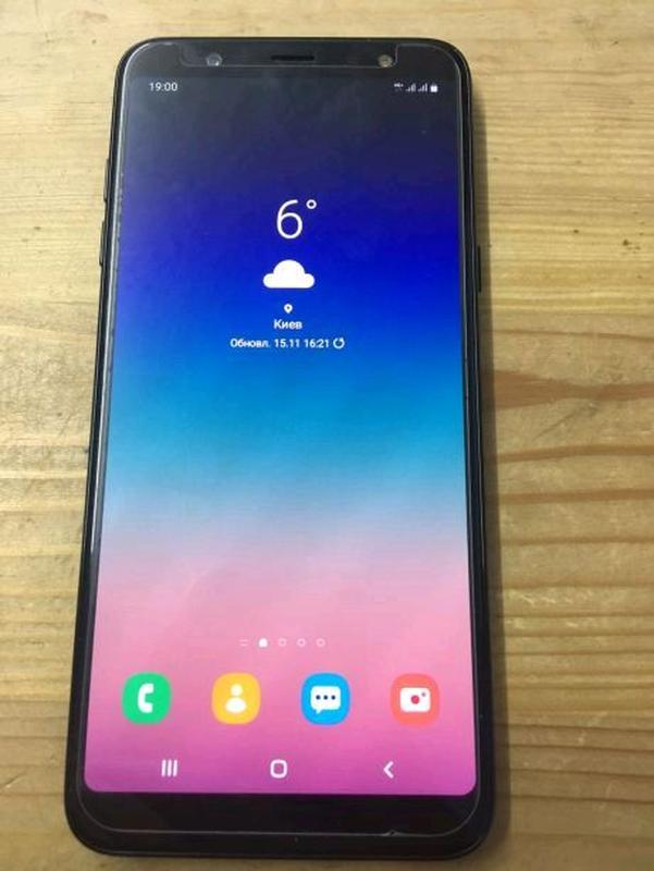 Срочно продам Samsung a6 plus