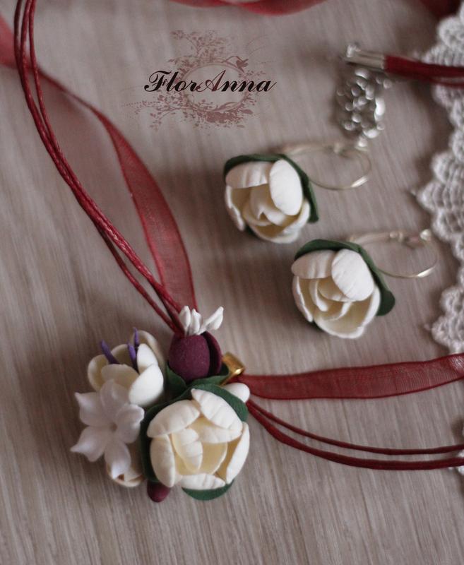 """Серьги и кулон с цветами """"элегантный бордо"""""""