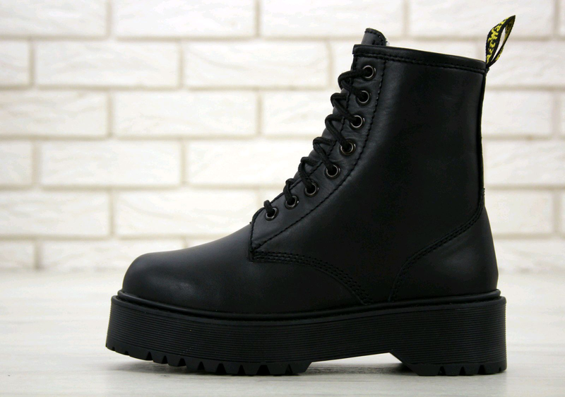 Зимние ботинки на меху  Dr. Martens Jadon MonoBlack.