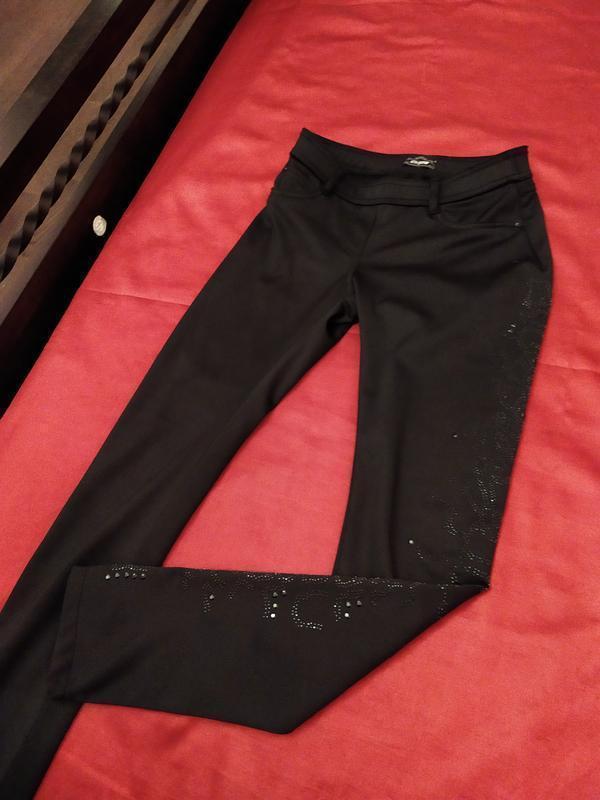 Очень! теплые скинни на байке джинсы брюки крутой мощный декор!!! - Фото 4