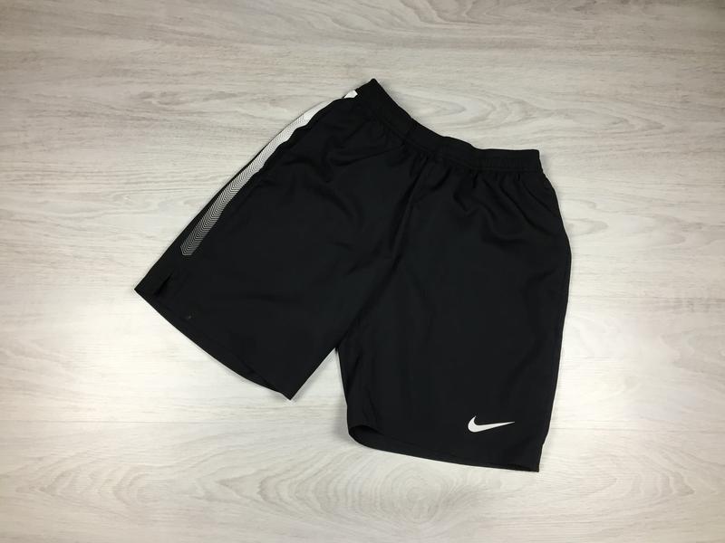 Крутые мужские спортивные шорты nike для тренировок спорта кро...