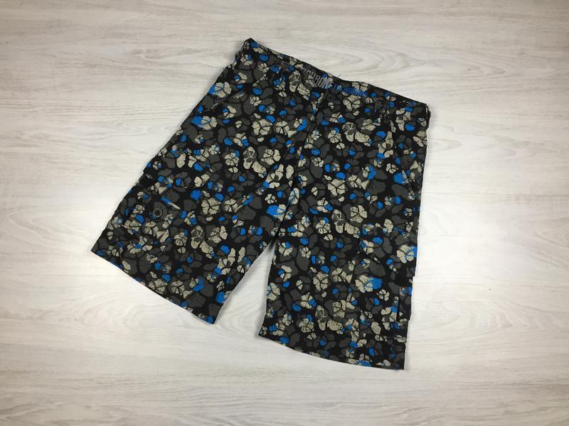 Крутые яркие фирменные мужские пляжные шорты с цветами fishbon...