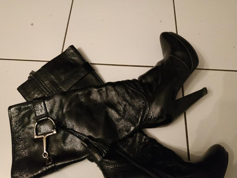 Натуральные кожаные сапоги лак кожа
