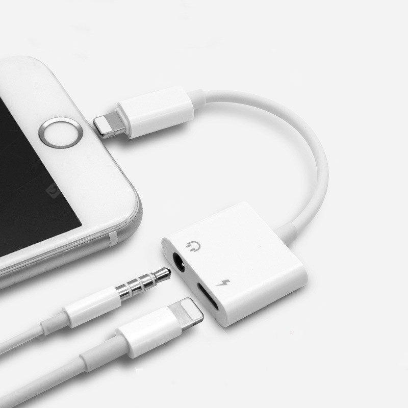 Переходник адаптер для apple Lightning на 3,5мм для наушников и з