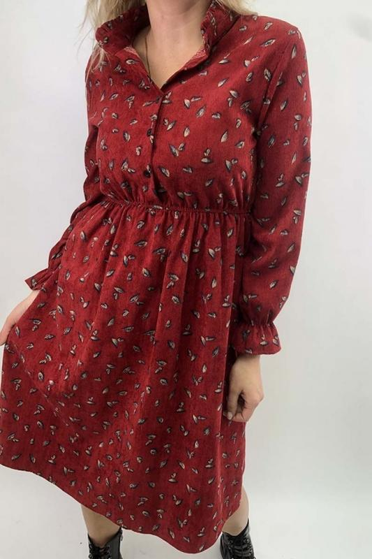 Вельветовое платье рубашка с мелким рисунком, м-л