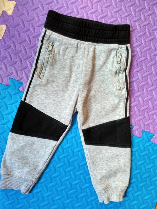 Теплые, на баечке спортивные штаны рост 92