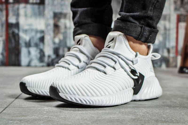 Кроссовки женские Adidas AlphaBounce Instinct, белые