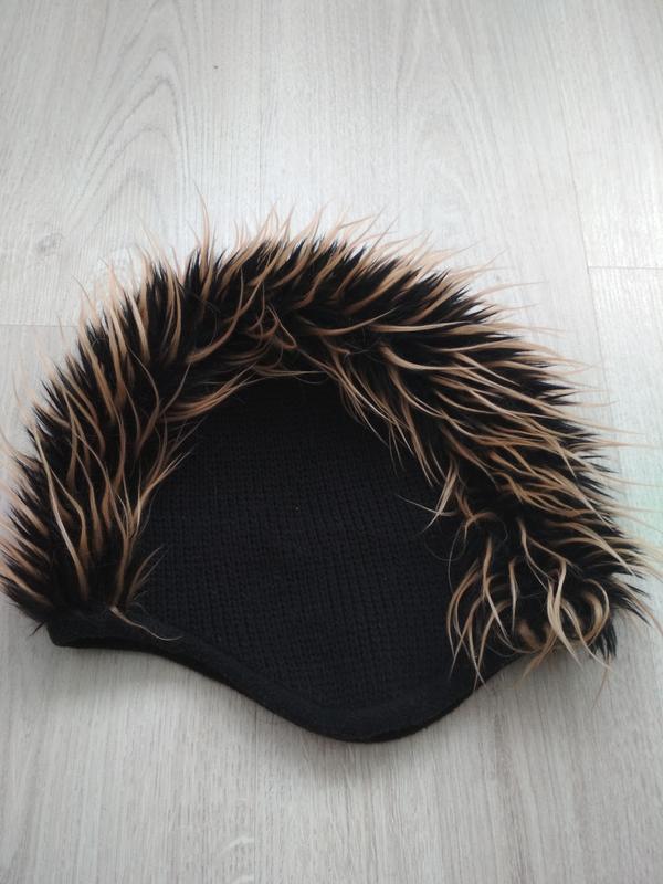 Крутая шапка ирокез