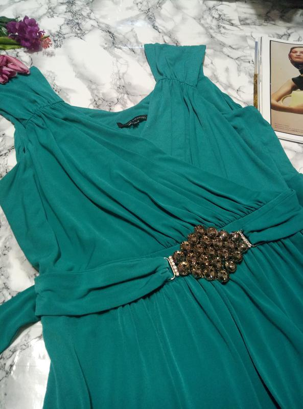 Очень красивое платье от david emmanuel