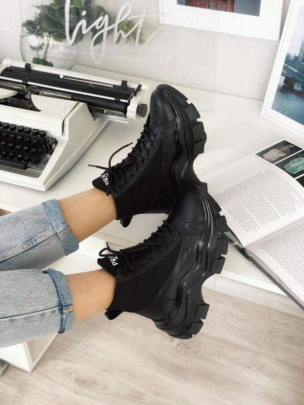 женские ботинки PRADA натуральная кожа, всё размеры!!