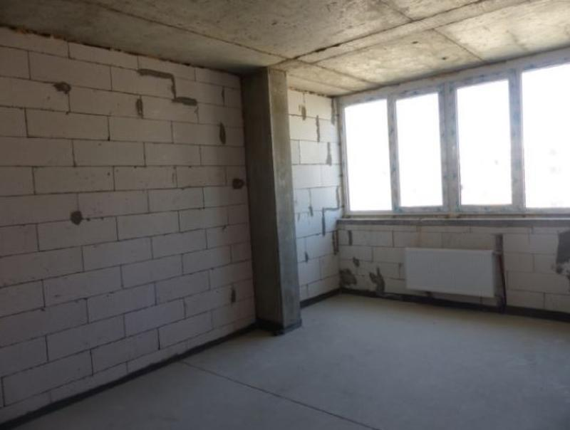 4 комнатную квартиру на Сахарова