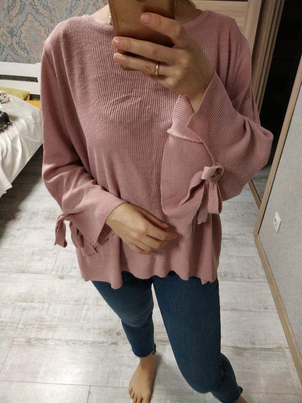 Красивый нежный свитерок кофта с завязками