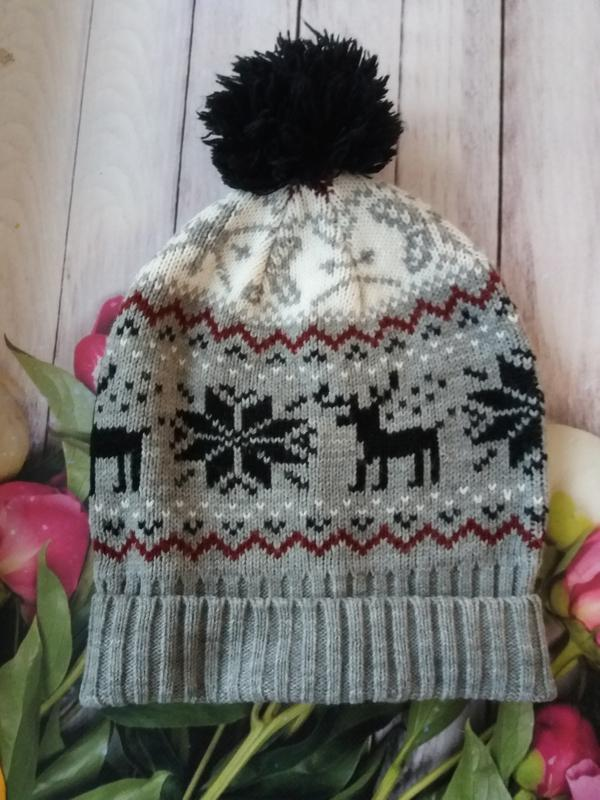 Шапочка на зиму шапка с оленями