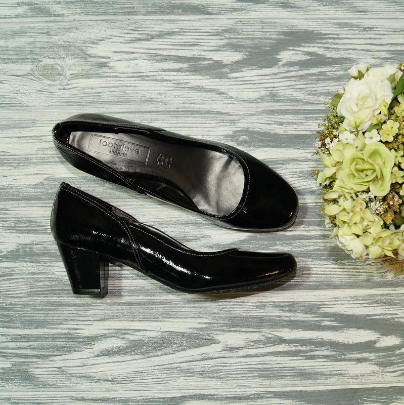 🌿39🌿footglove. кожа. фирменные базовые туфли на удобном каблучке