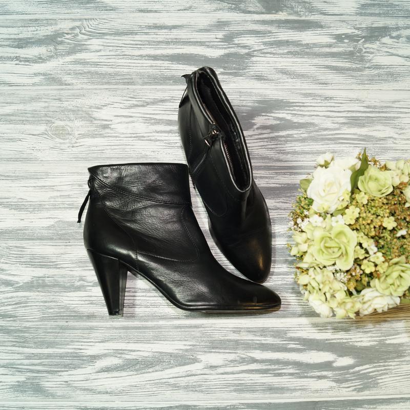 🌿38🌿lazzarini. кожа. женственные ботинки на устойчивом каблуке