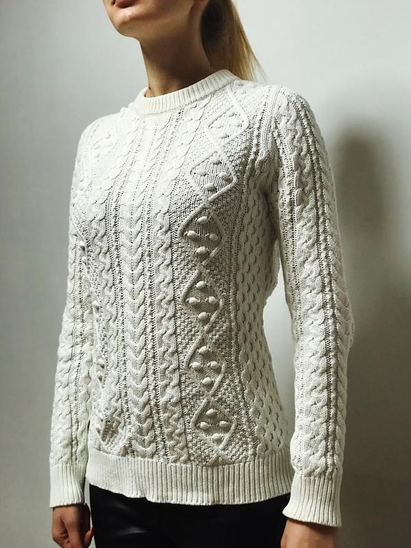 Вязаный белый свитер zara