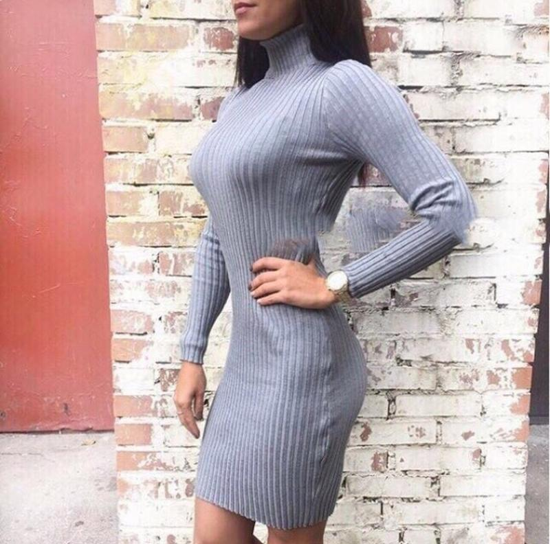 Серое платье лапша, с горлом, трикотажное платье, вискоза