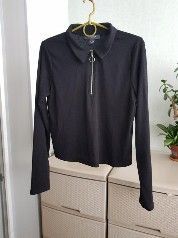 Трендовый джемпер с молнией укороченная блуза лонгслив кроп топ