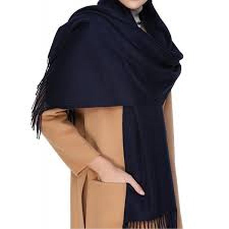 Актуальный тёплый мягкий шерстяной шарф италия
