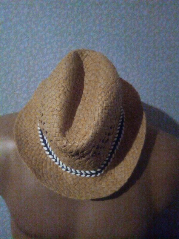 Шляпа, панама на 7-8 лет.