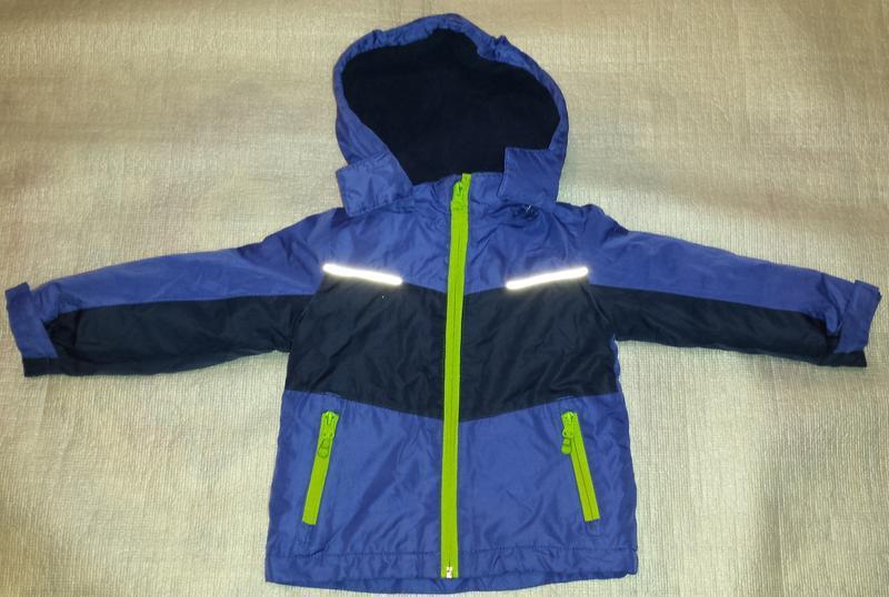 Детская куртка на мальчика на 2-3 годика