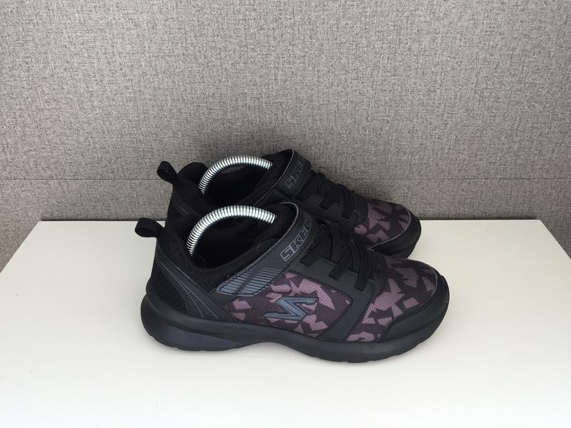 Жіночі кросівки skechers fragments женские кроссовки