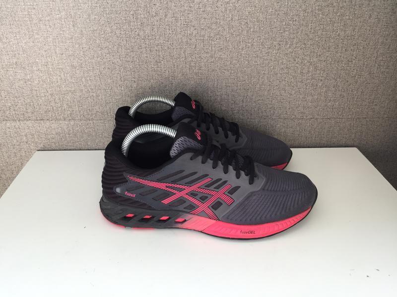 Жіночі кросівки asics fuzex женские кроссовки