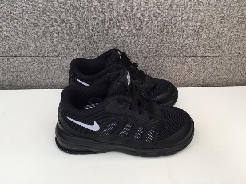 Дитячі кросівки nike air max invigor детские кроссовки