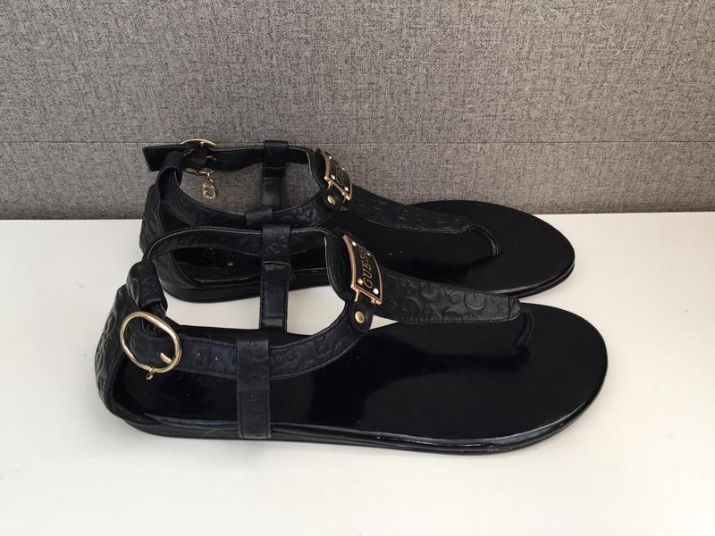 Жіночі босоножки guess женские сандалии