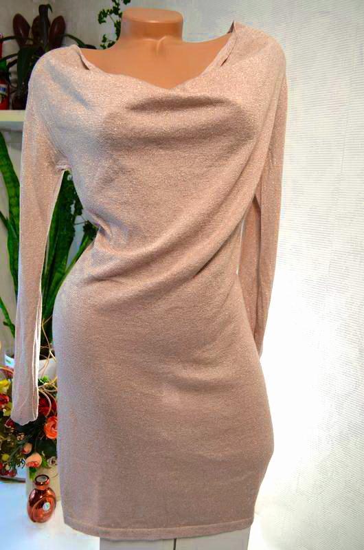 Платье пудровое, роскошное, с бликами люрикса в цвет, много бр...