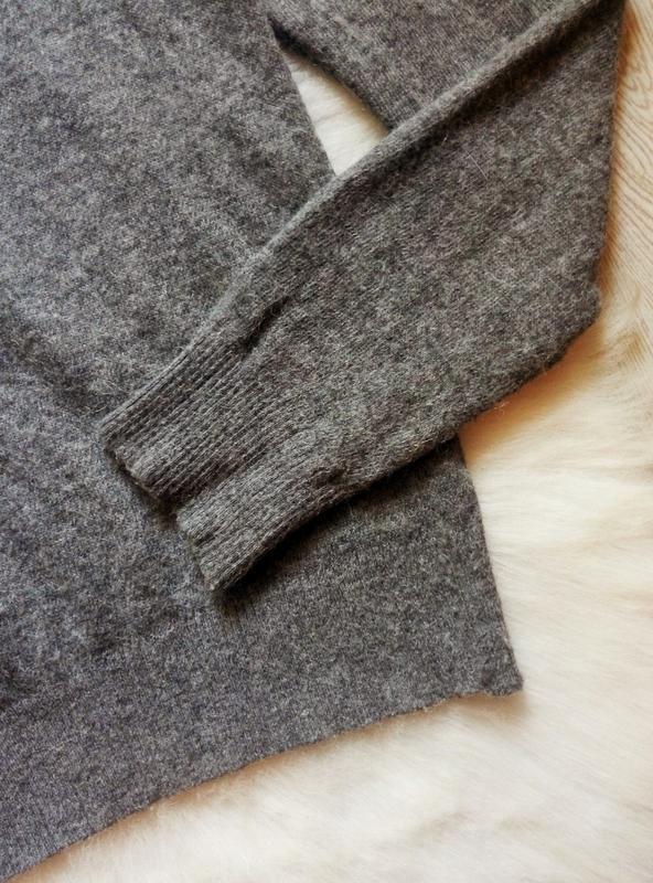Серый шерстяной свитер вязаная кофта с ажурным воротником гипю... - Фото 6