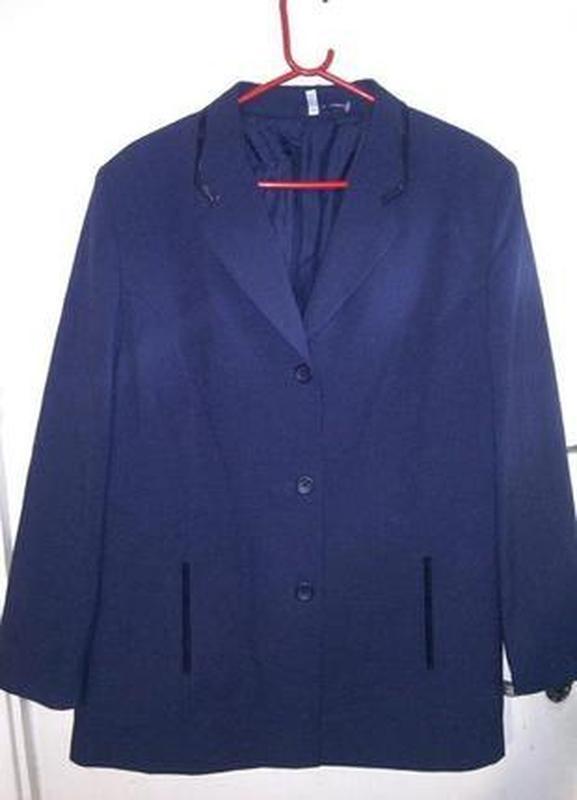 Новый,сток-без бирки,элегантный пиджак-блейзер с карманами,для...