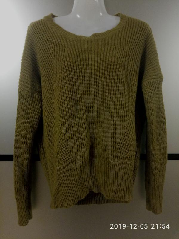 Горчичный свитер свободного фасона