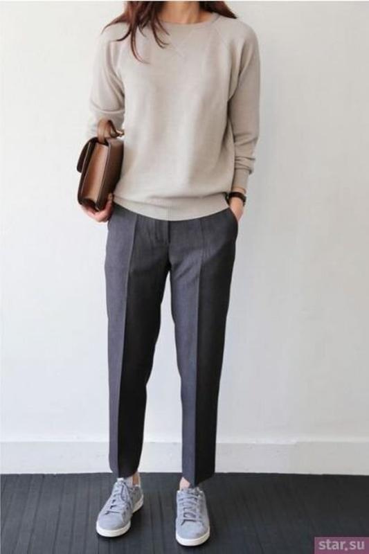 Стильные укороченные штаны