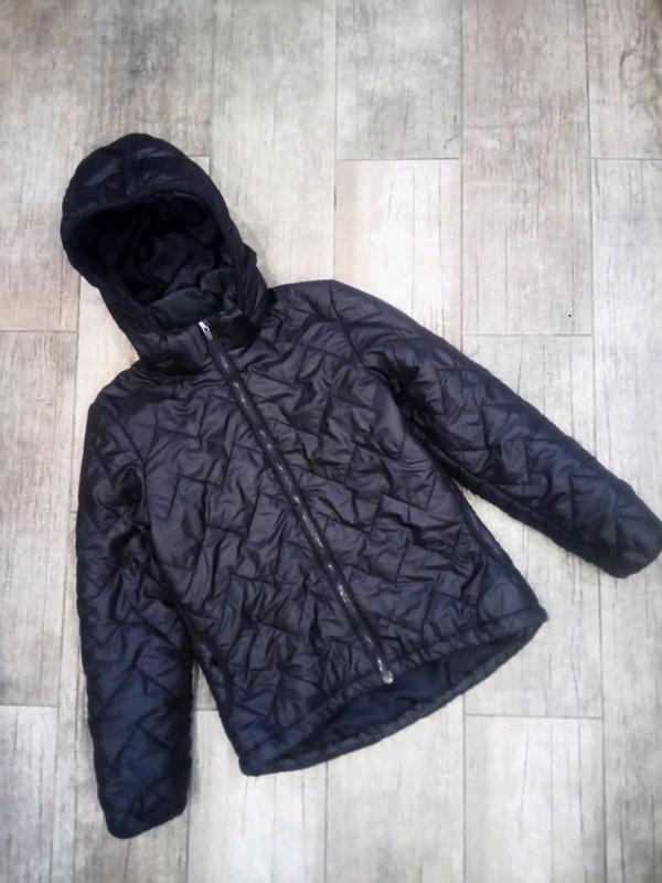 152см.|11-12л. Демисезонная куртка, удлинённая сзади, капюшон H&M